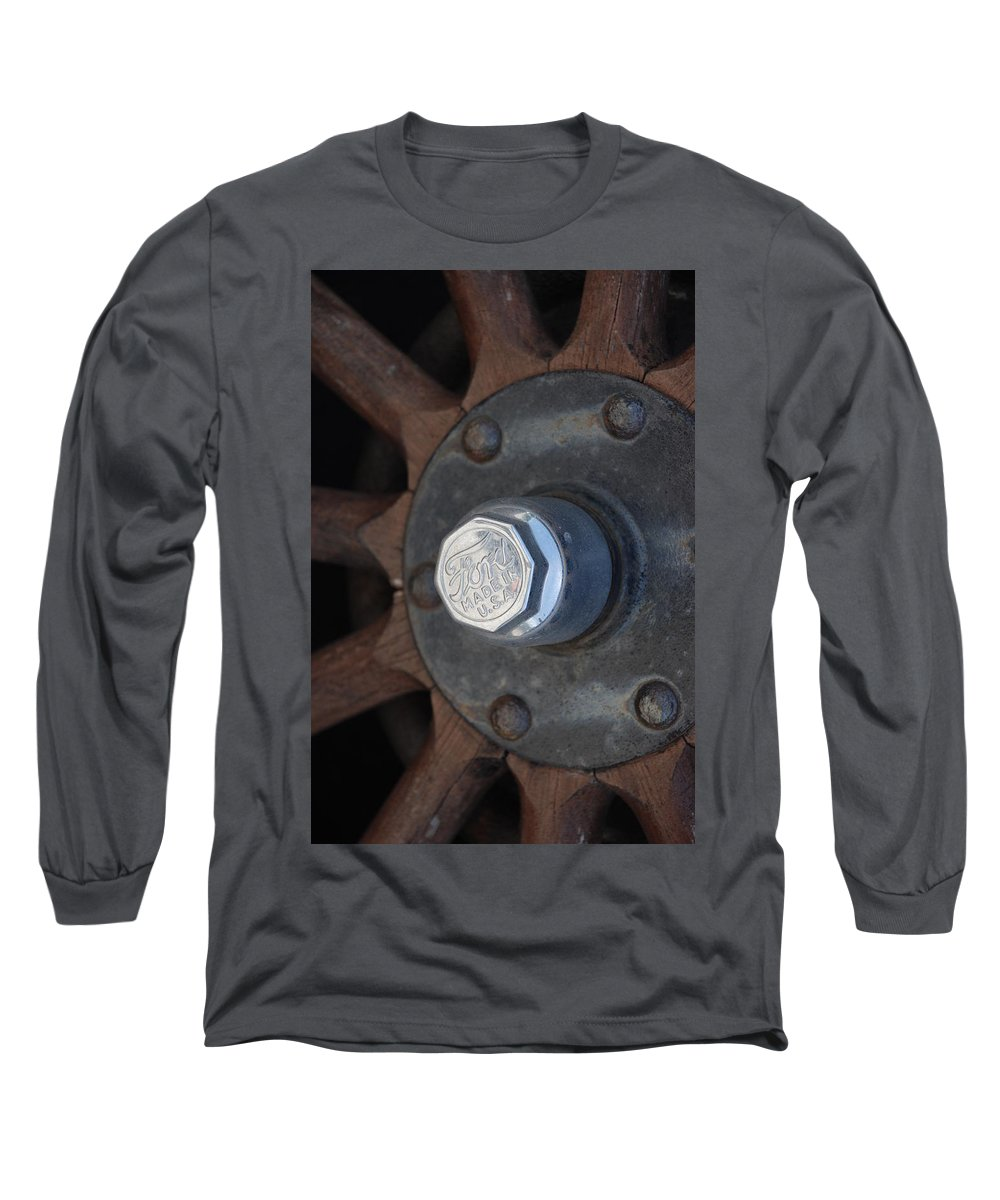 Hup Caps Long Sleeve T-Shirt featuring the photograph 1926 Model T Ford by Rob Hans