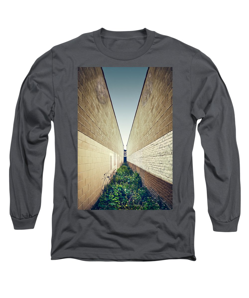 Minimal Long Sleeve T-Shirt featuring the photograph Dead End Alley by Scott Norris