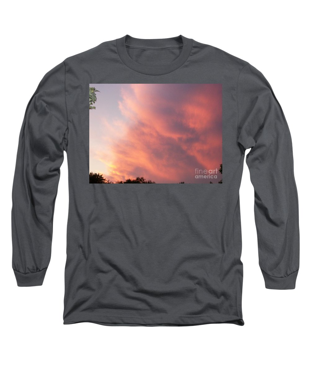 Nature Long Sleeve T-Shirt featuring the photograph Futile Faces by Stephen King