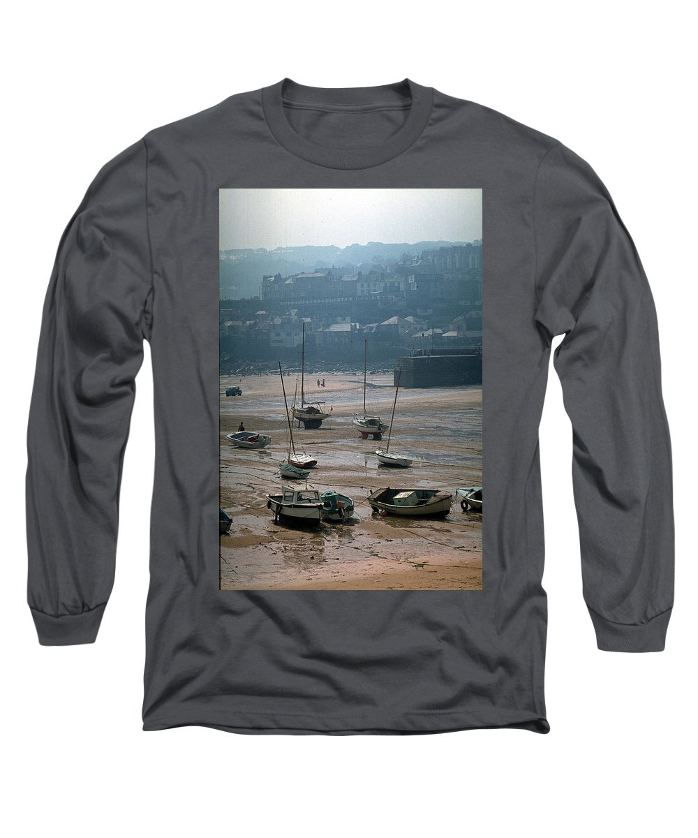 Great Britain Long Sleeve T-Shirt featuring the photograph Harbor IIi by Flavia Westerwelle
