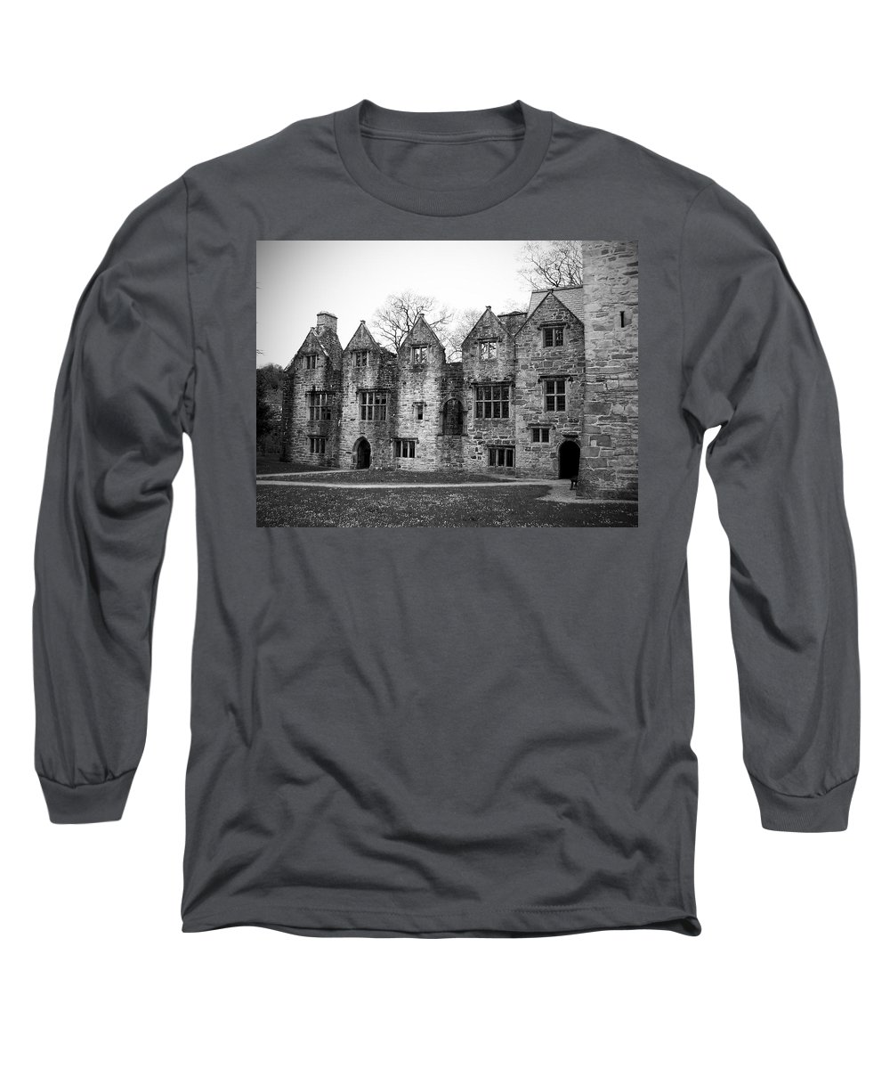 Irish Long Sleeve T-Shirt featuring the photograph Jacobean Wing At Donegal Castle Ireland by Teresa Mucha