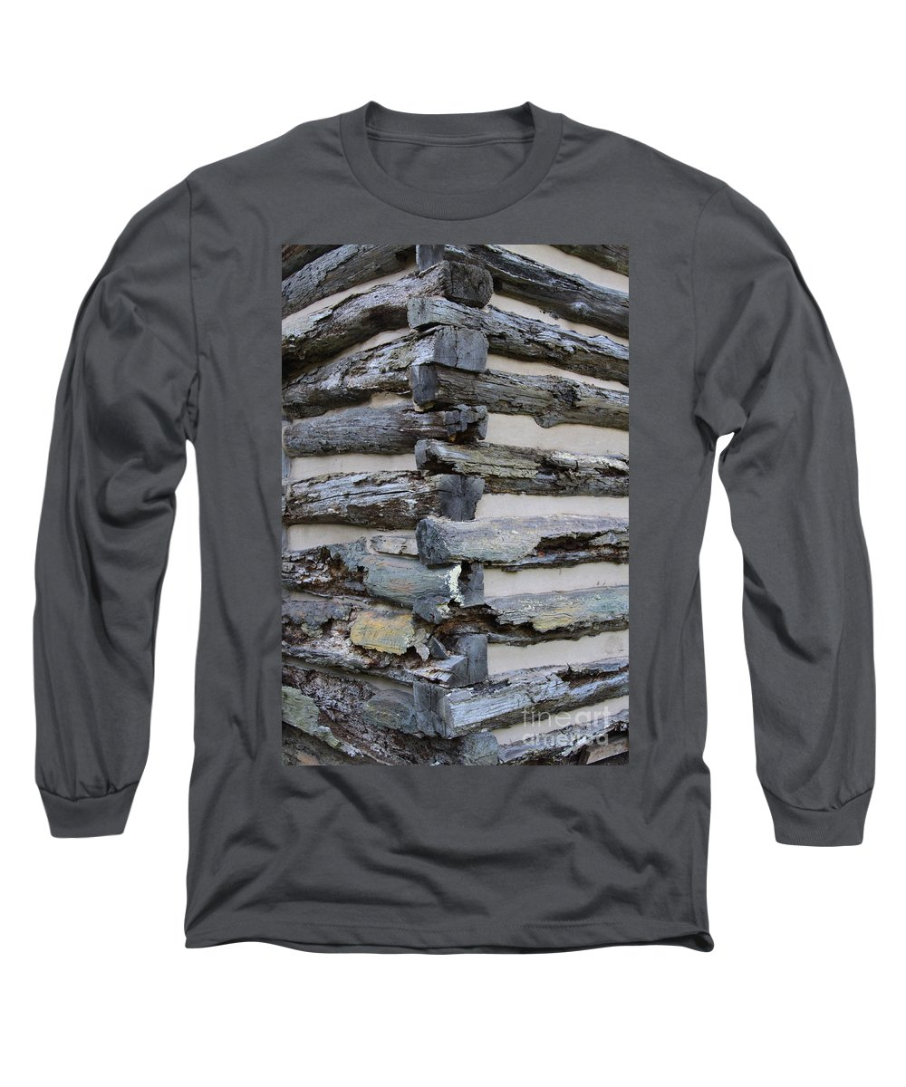 Cabin Long Sleeve T-Shirt featuring the photograph Jiont-ing by Robert Pearson