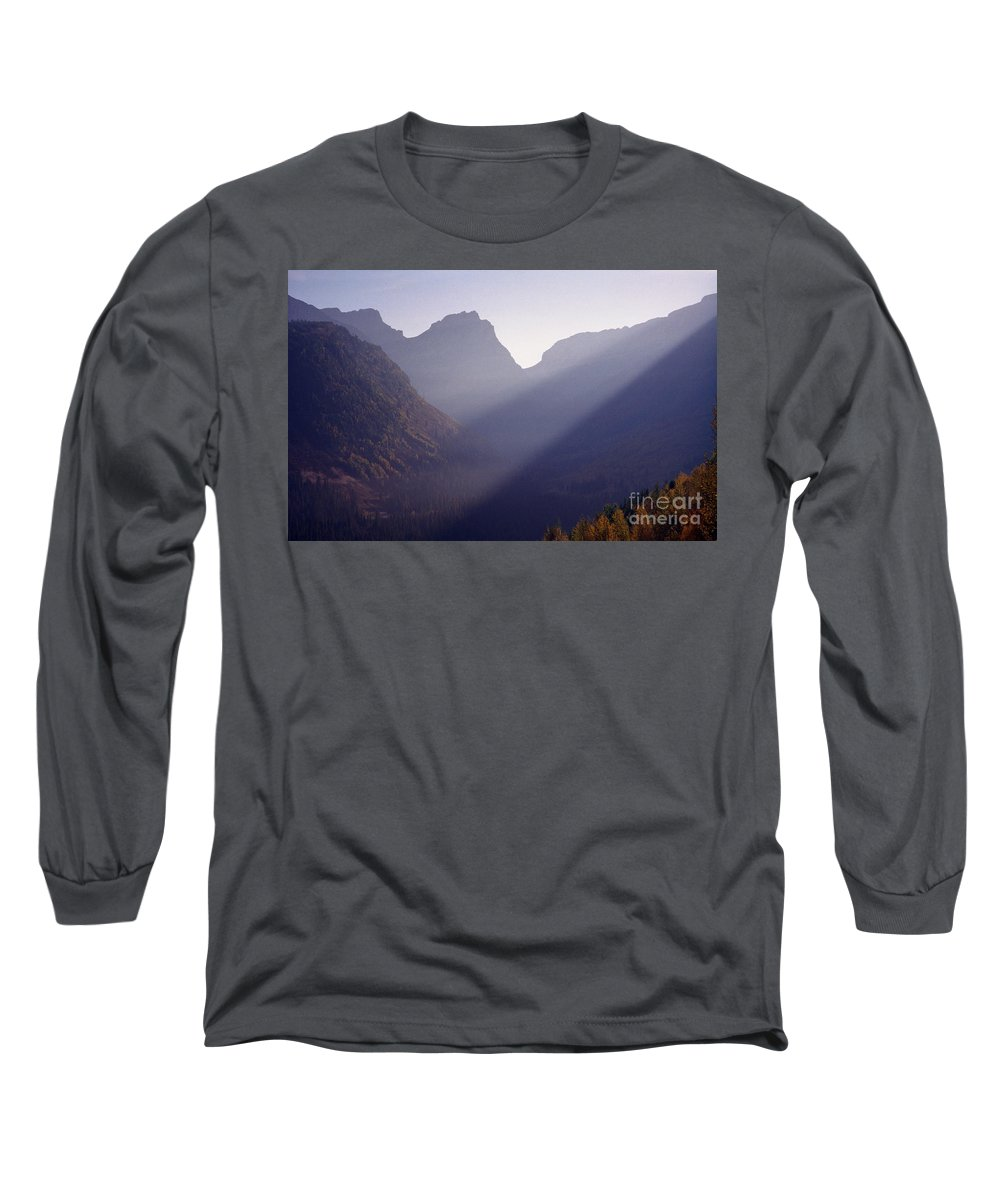 Mountains Long Sleeve T-Shirt featuring the photograph Logan Pass by Richard Rizzo