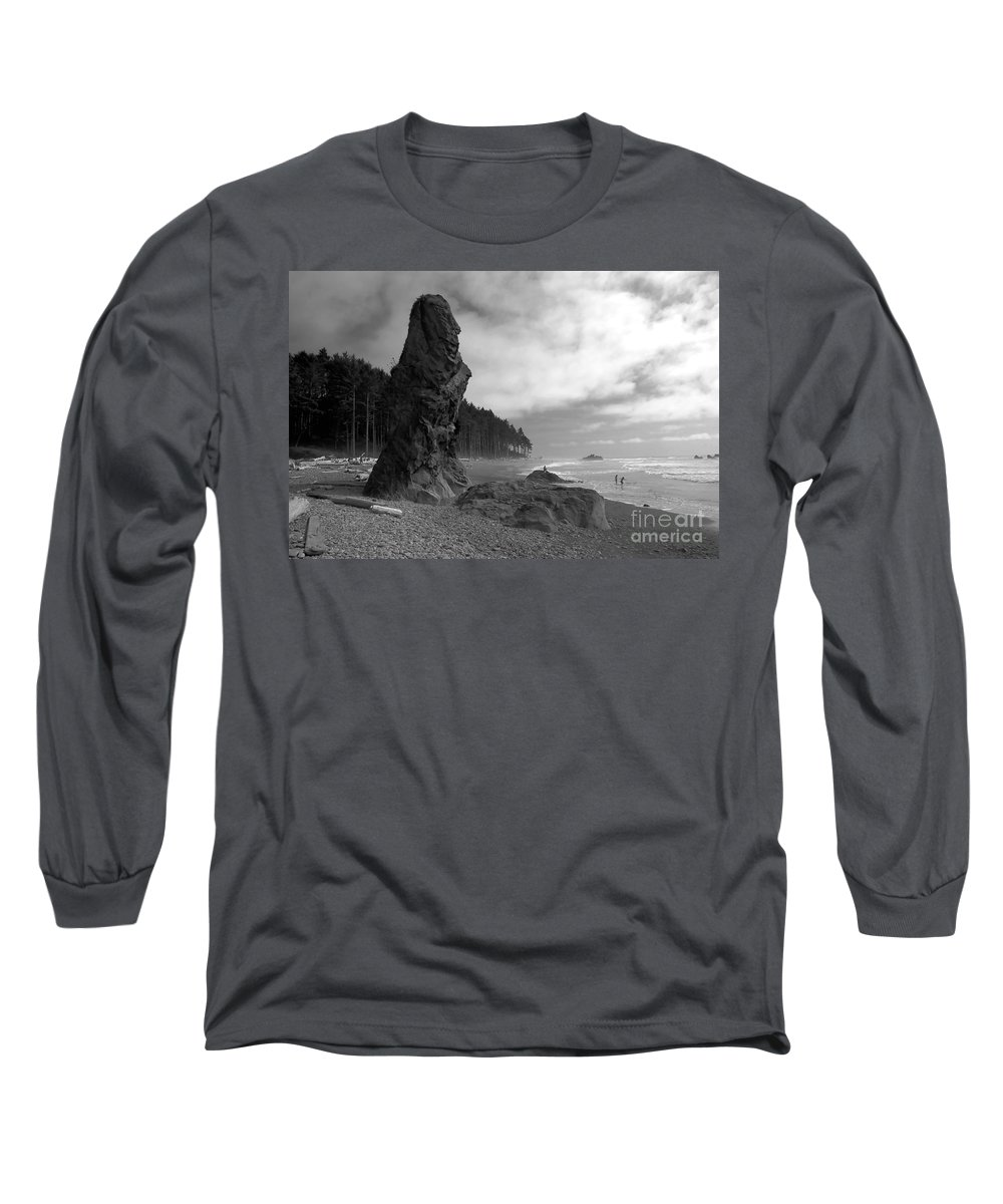 Sea Stack Long Sleeve T-Shirt featuring the photograph Sea Stack by David Lee Thompson