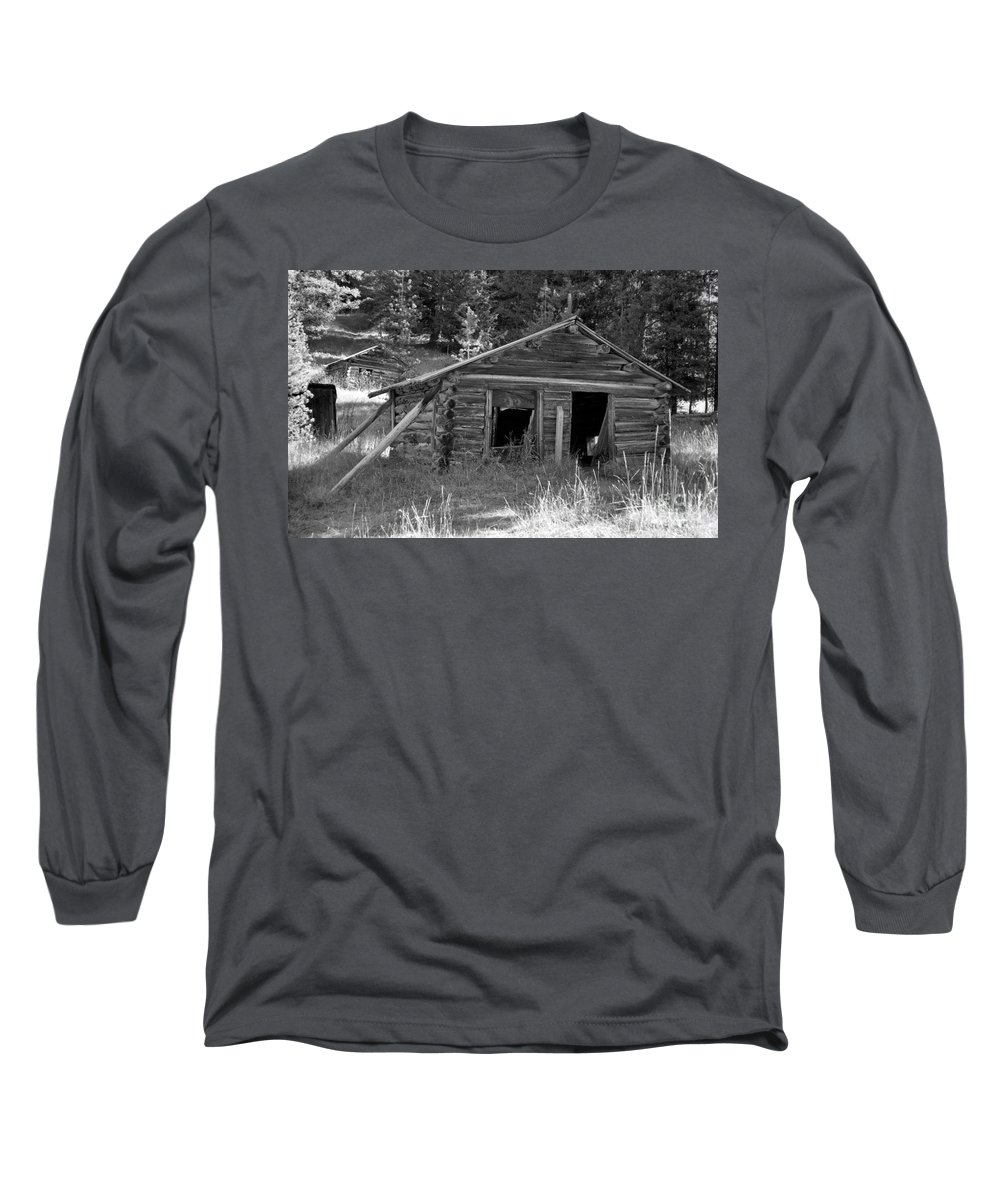 Abandoned Long Sleeve T-Shirt featuring the photograph Two Cabins One Outhouse by Richard Rizzo