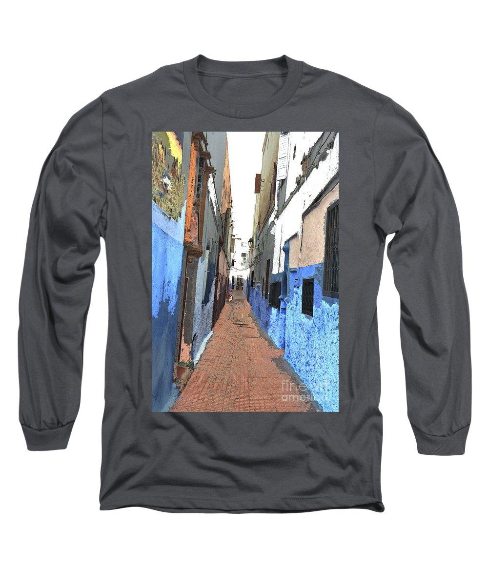 Urban Long Sleeve T-Shirt featuring the photograph Urban Scene by Hana Shalom
