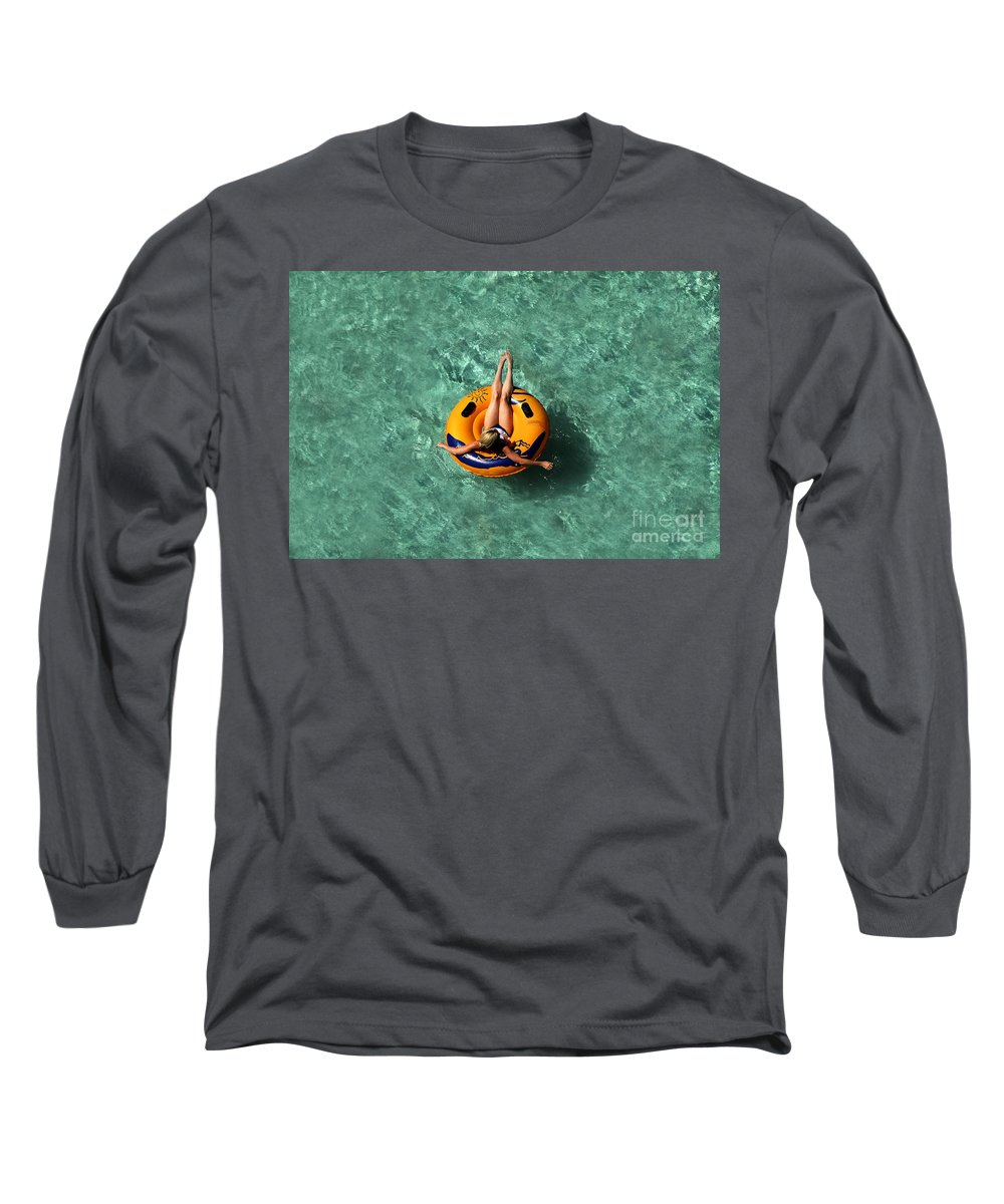 Vacation Long Sleeve T-Shirt featuring the photograph Vacation by David Lee Thompson