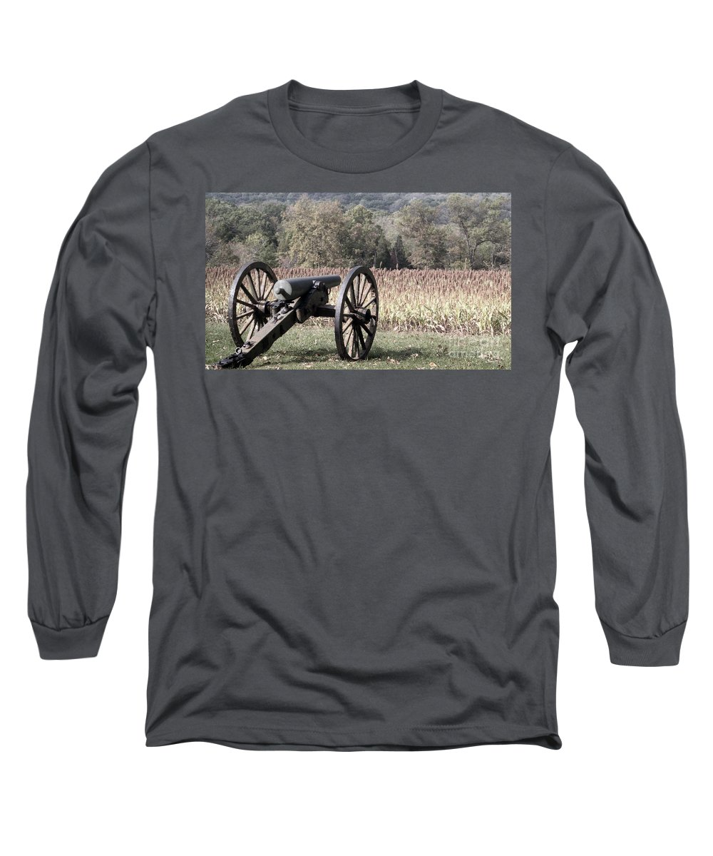 Gettysburg Long Sleeve T-Shirt featuring the photograph Valley Of Death by Richard Rizzo