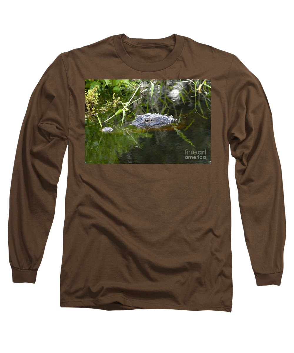 Alligator Long Sleeve T-Shirt featuring the photograph Alligator Hunting by David Lee Thompson