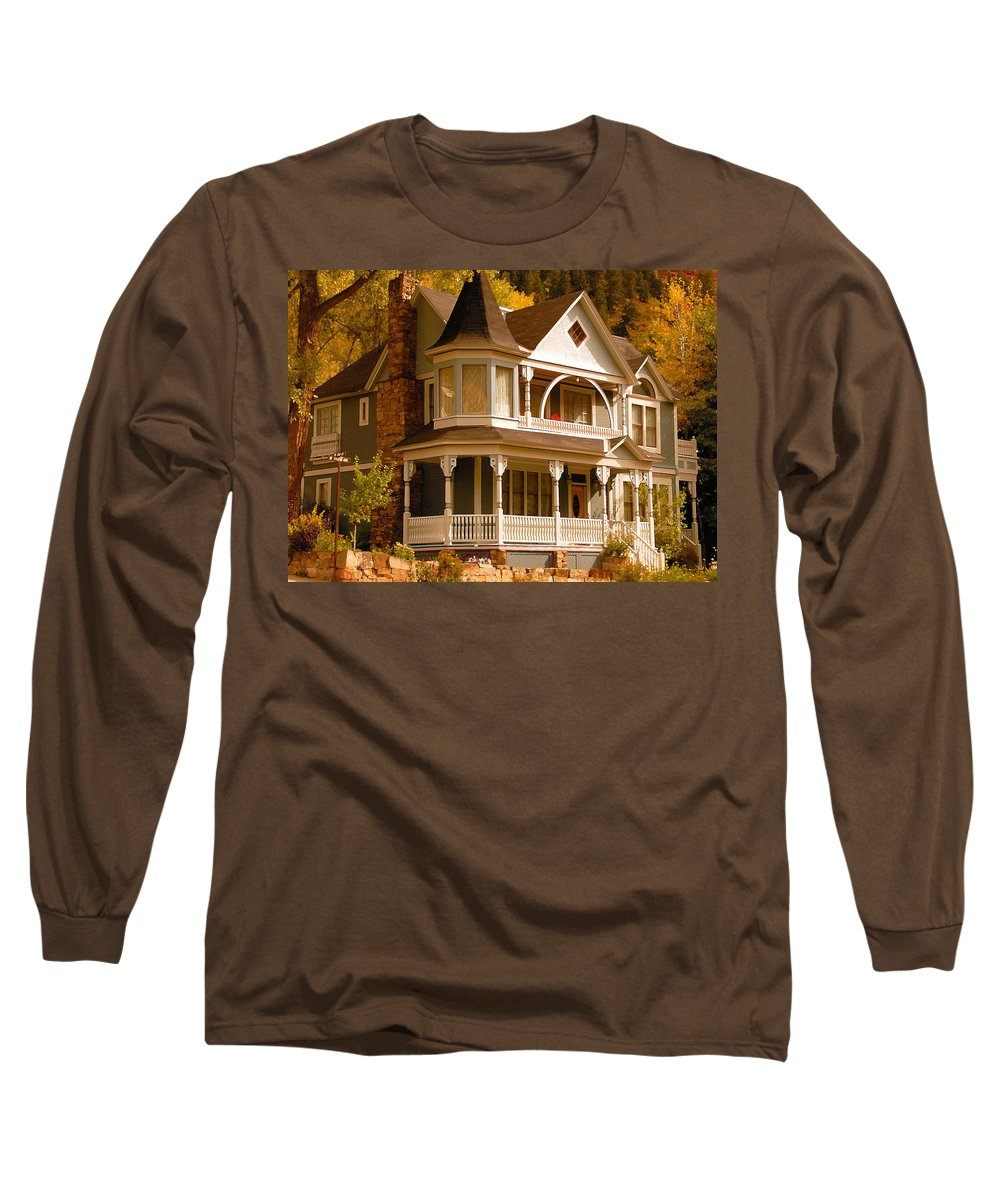 Autumn Long Sleeve T-Shirt featuring the painting Autumn House by David Lee Thompson