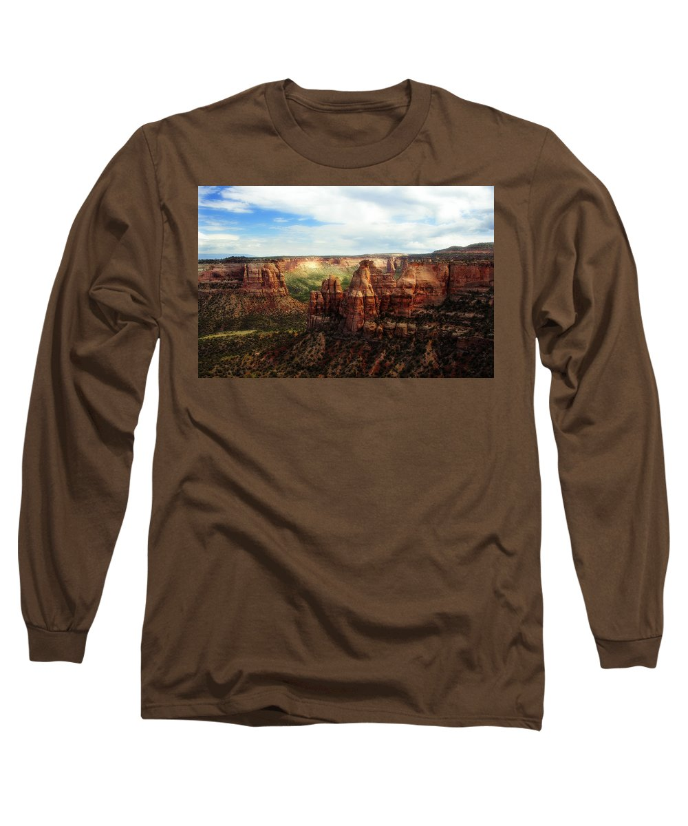 Americana Long Sleeve T-Shirt featuring the photograph Colorado National Monument by Marilyn Hunt