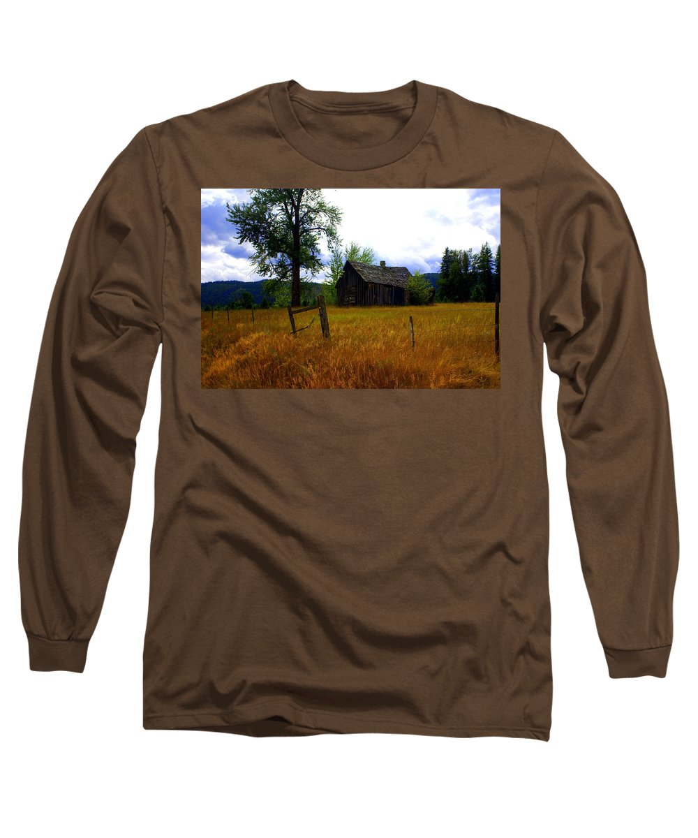 Landscape Long Sleeve T-Shirt featuring the photograph Washington Homestead by Marty Koch