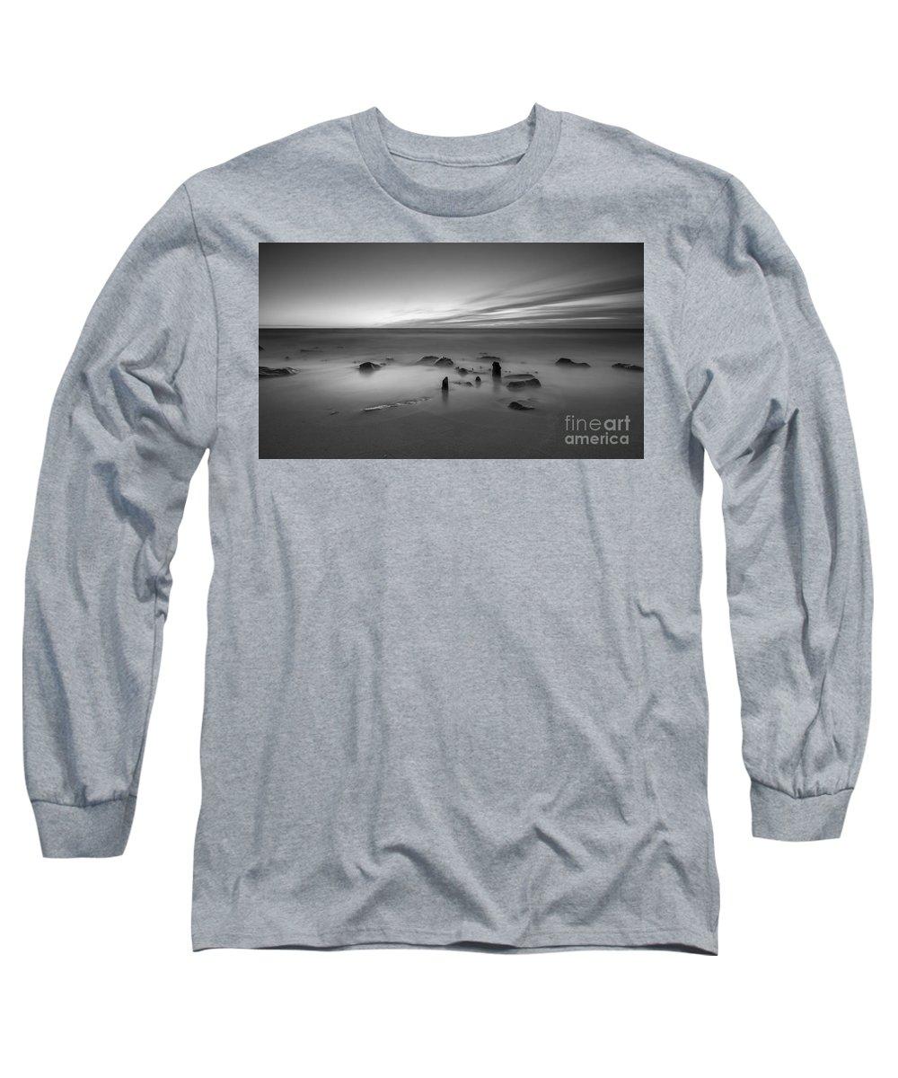 Mv Long Sleeve T-Shirts