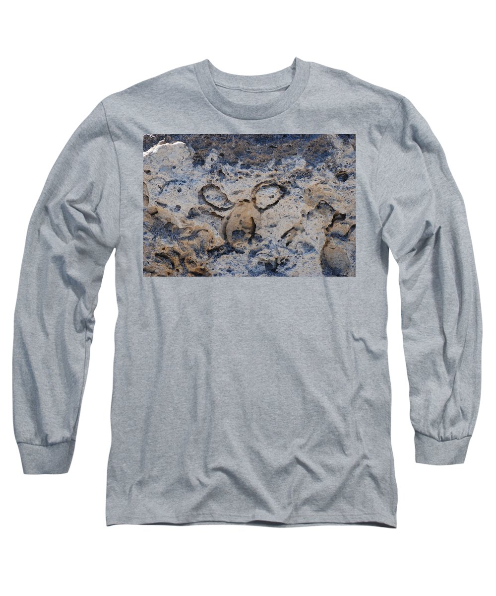 Ocean Long Sleeve T-Shirt featuring the photograph Carved Catface by Rob Hans