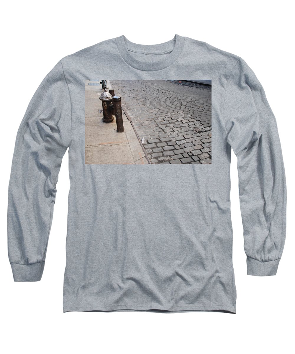 Architecture Long Sleeve T-Shirt featuring the photograph Forgotten N Y by Rob Hans