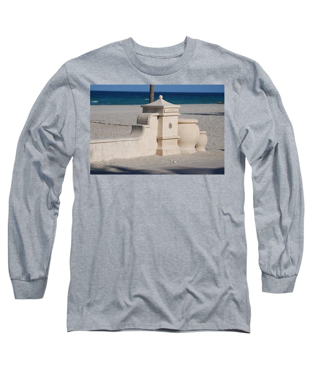 Beach Long Sleeve T-Shirt featuring the photograph Hollywood Beach by Rob Hans