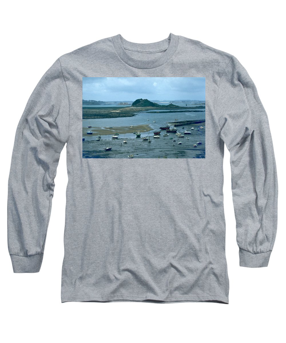 Low Tide Long Sleeve T-Shirt featuring the photograph Low Tide by Flavia Westerwelle