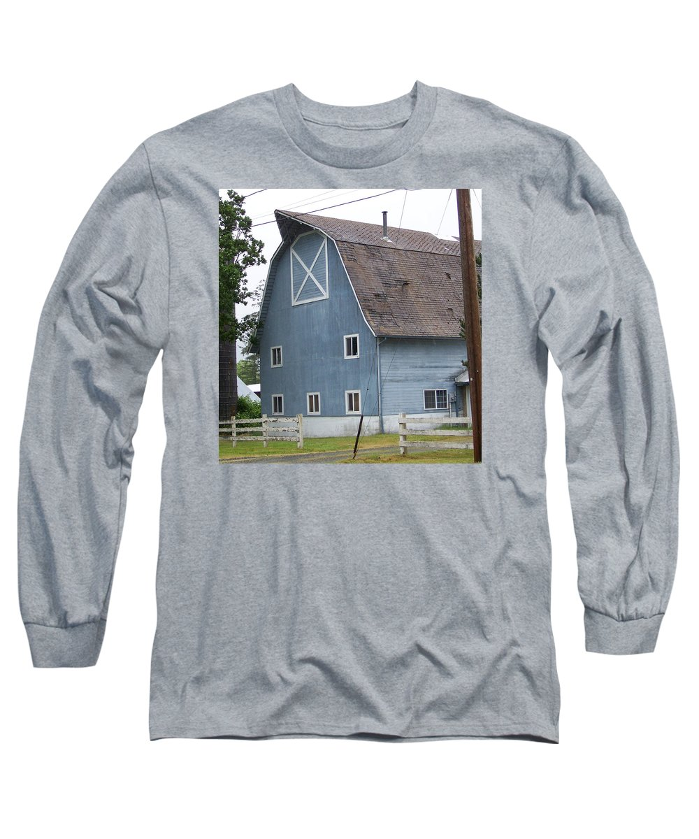 Old Long Sleeve T-Shirt featuring the photograph Old Blue Barn Littlerock Washington by Laurie Kidd