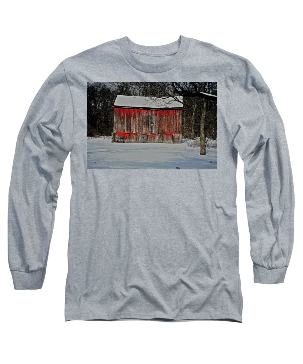 Old Long Sleeve T-Shirt featuring the photograph The Old Weathered Barn by Robert Pearson