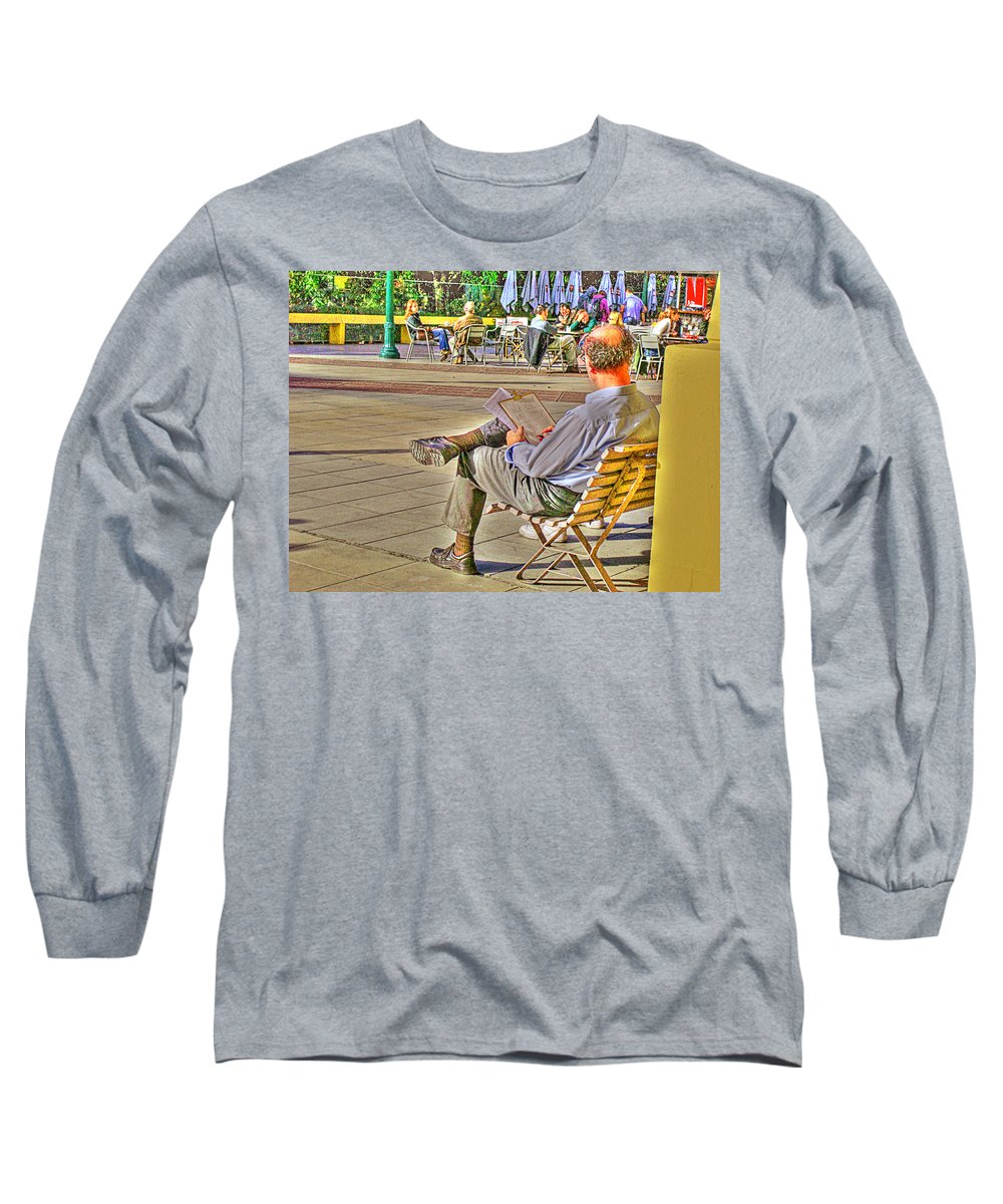 Park Long Sleeve T-Shirt featuring the photograph Viewing Man by Francisco Colon