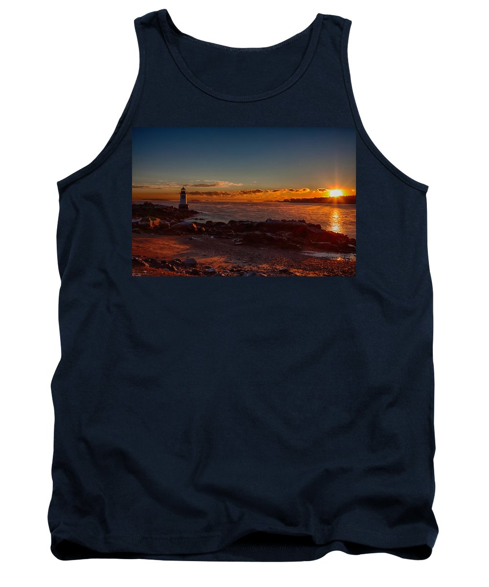 Salem Tank Top featuring the photograph Dawn Rises by Jeff Folger