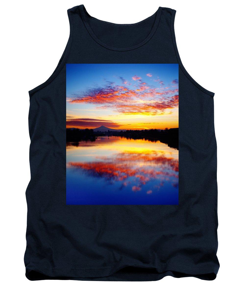 Sunrise Tank Top featuring the photograph Jantzen Beach Sunrise by Darren White