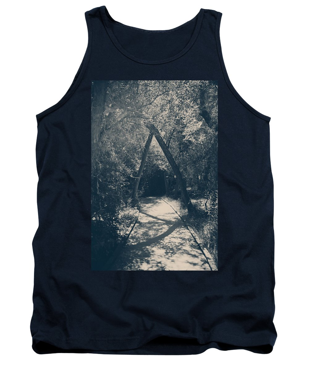Big Morongo Valley Preserve Tank Top featuring the photograph Our Paths Will Cross Again by Laurie Search