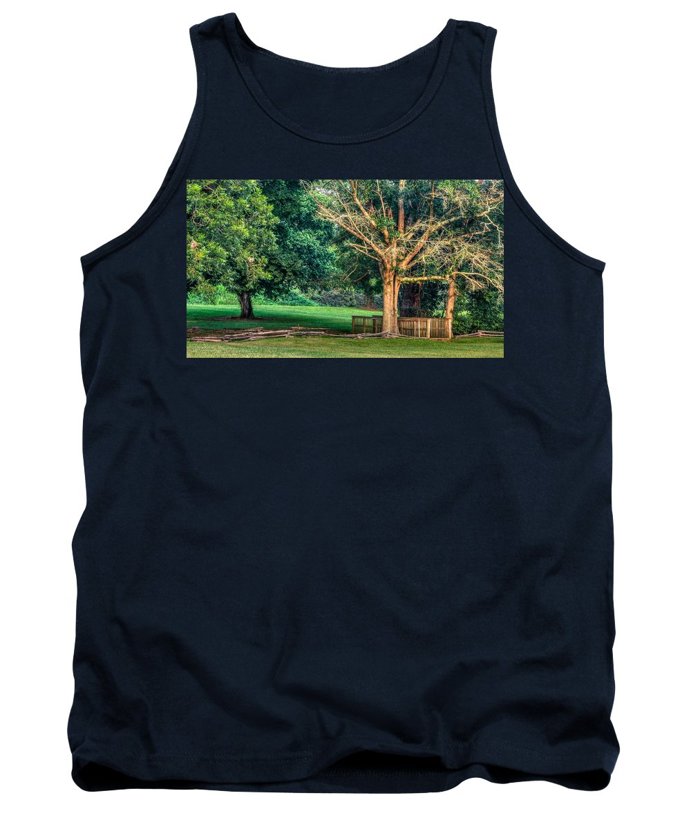1776 Tank Top featuring the photograph The Path by Rob Sellers