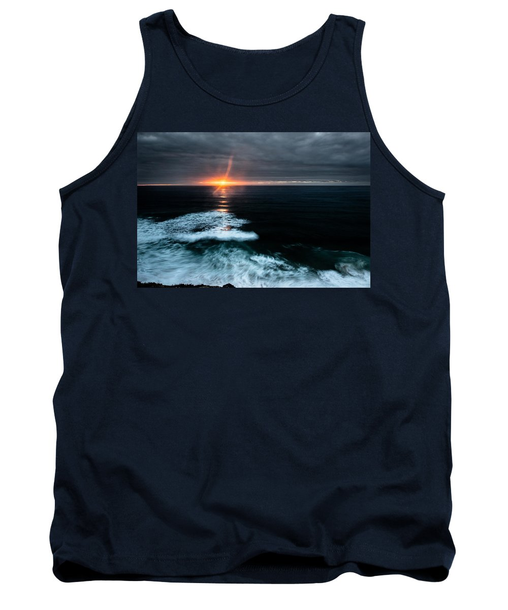 Sunset Tank Top featuring the photograph Projection by Edgar Laureano