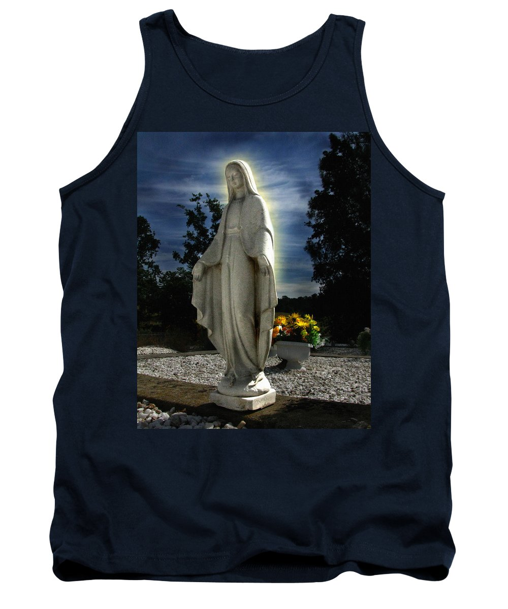 Bask In His Glory Tank Top featuring the photograph Bask In His Glory by Peter Piatt