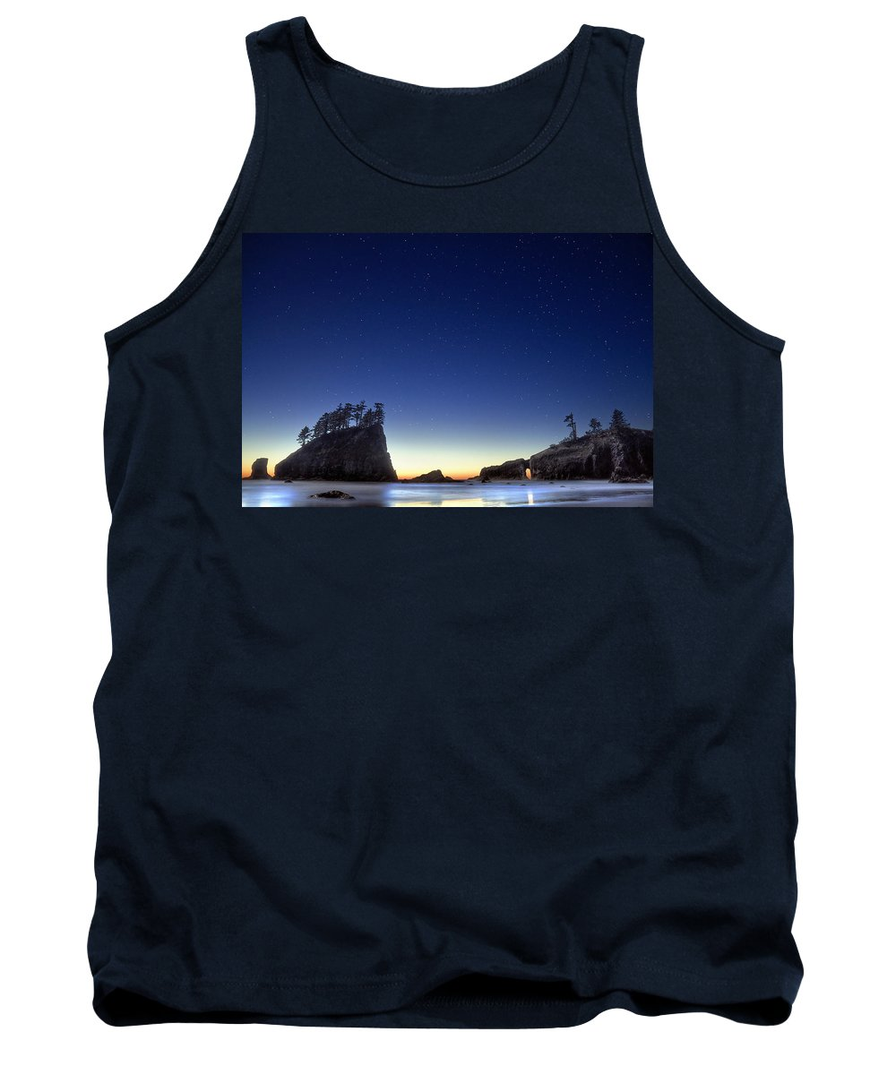 Landscape Tank Top featuring the photograph A Night For Stargazing by William Freebilly photography