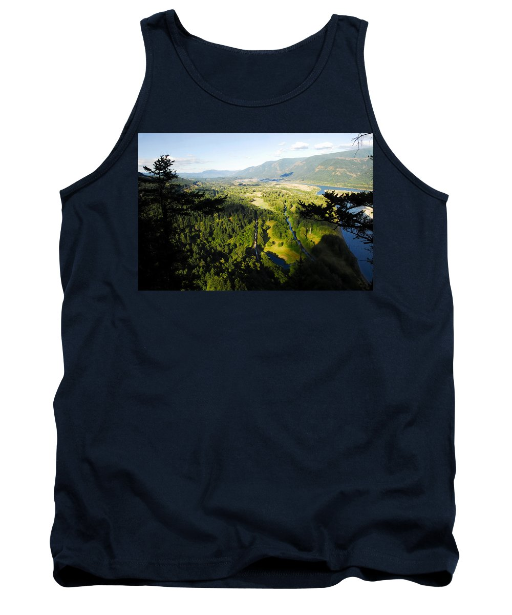 Commerce Tank Top featuring the photograph Commerce On The Columbia by David Lee Thompson
