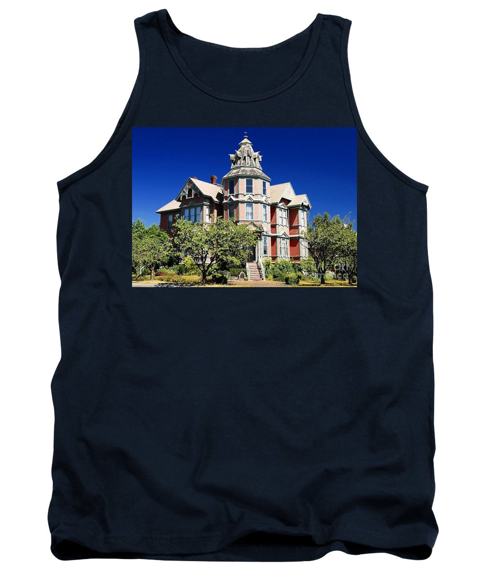 Russian Orthodox Tank Top featuring the photograph Great Old House by David Lee Thompson