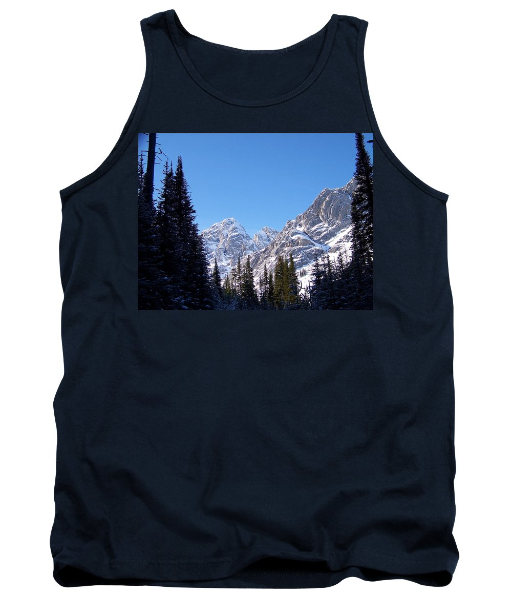 Scenic Tank Top featuring the photograph Into The Light by Greg Hammond