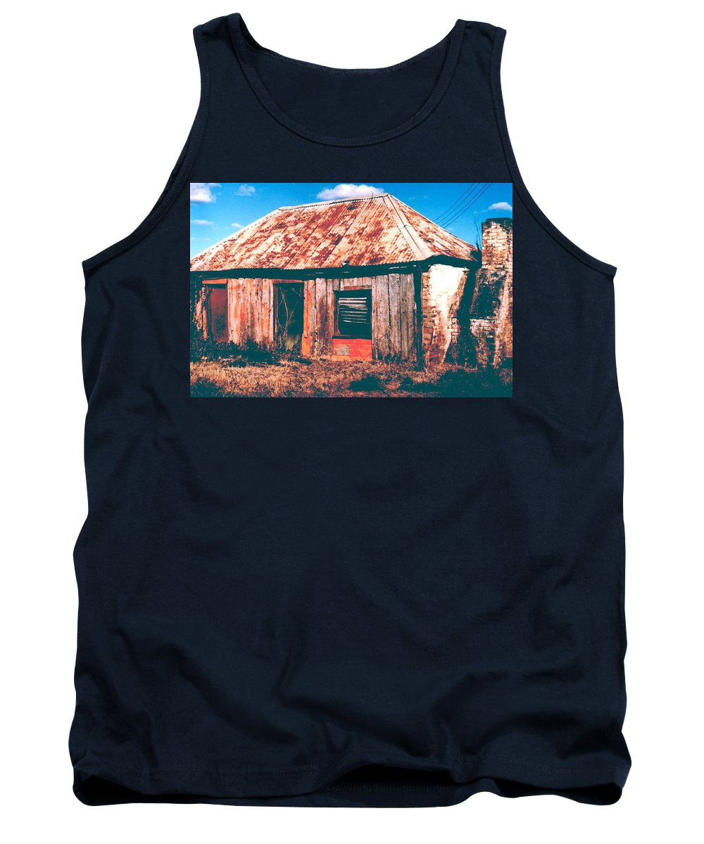 Australia Tank Top featuring the photograph Old Farm House by Gary Wonning