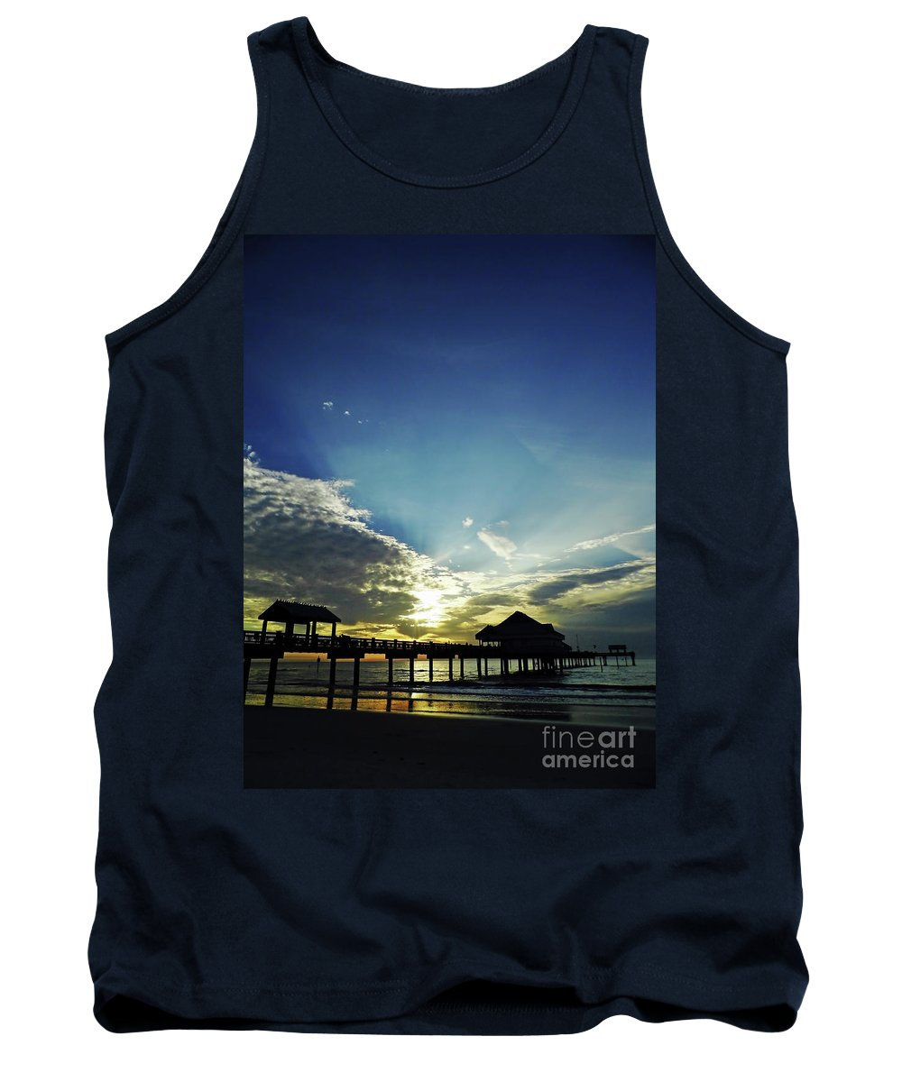 Sunset Tank Top featuring the photograph Silhouette Pier 60 Sunset by D Hackett