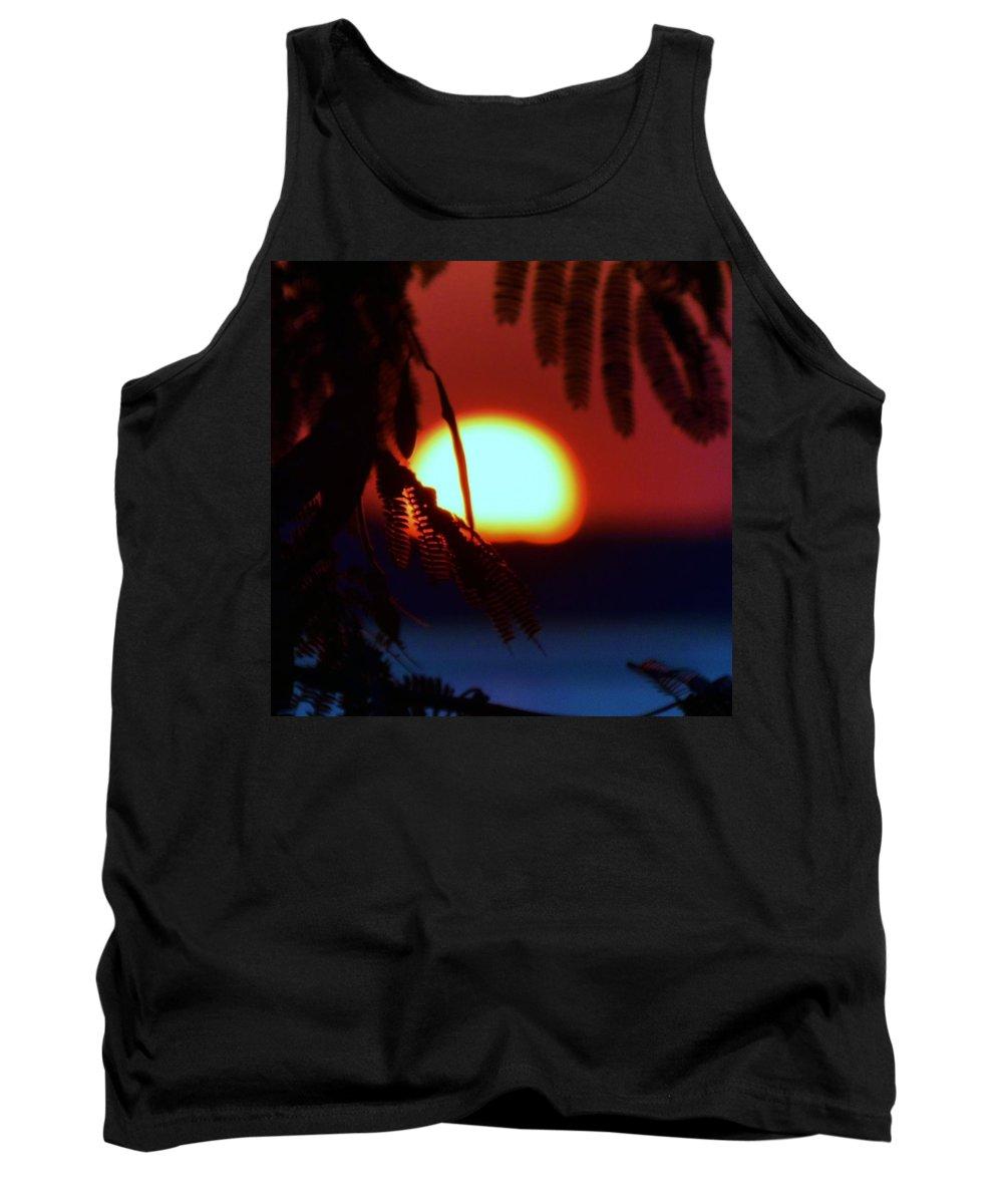 Beach Bum Pics Tank Top featuring the photograph Sun Fusion by William Bartholomew