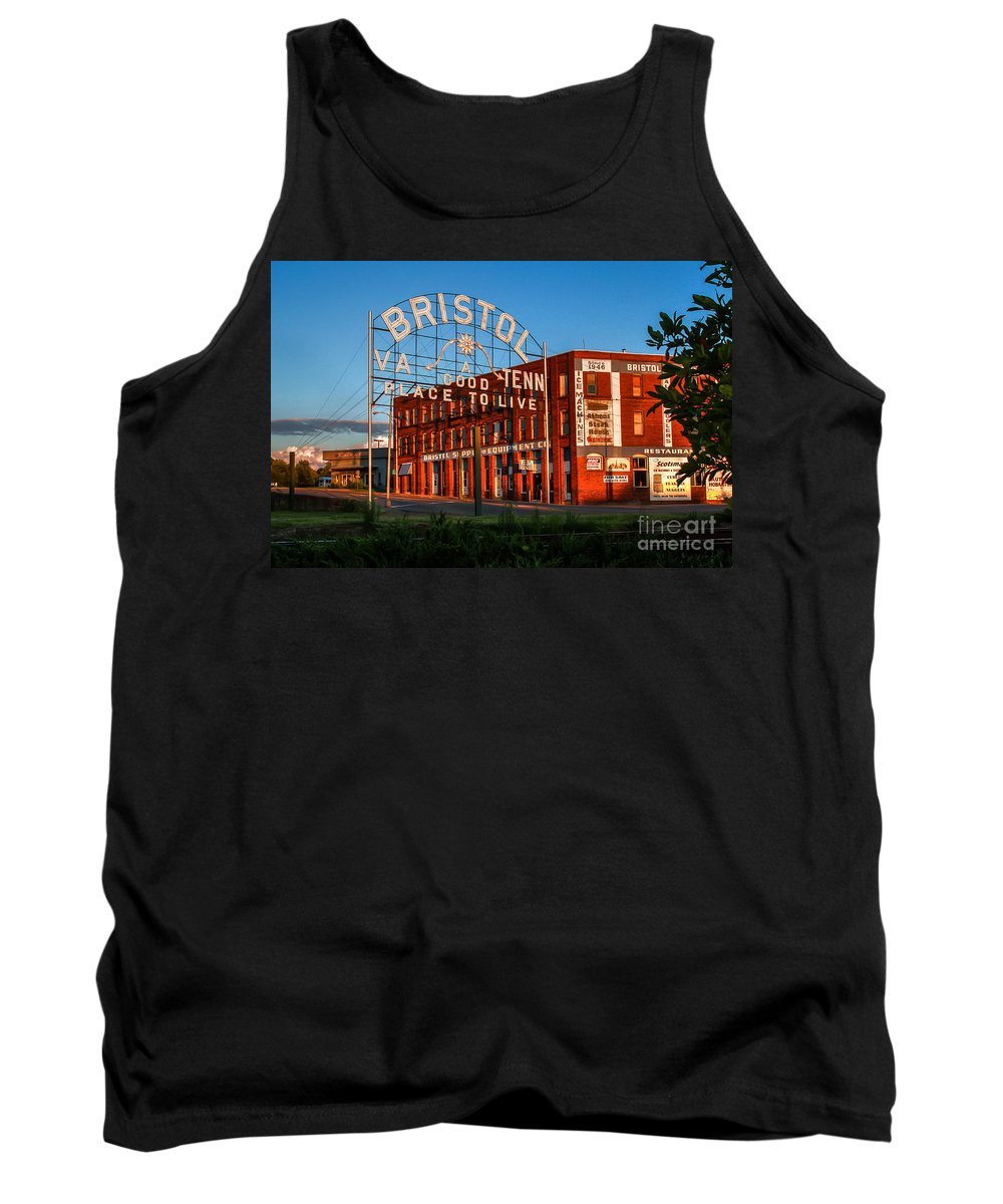 Bristol Tn Tennessee Va Virginia Train Tracks Dusk Historic Sign State Street Interstate Hardware Company Golden Hour Sunset Tank Top featuring the photograph A Good Place To Live 2 by Karl Greeson