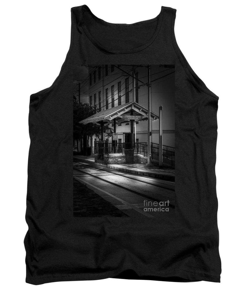 Trolley Station Tank Top featuring the photograph Cadrecha Plaza Station by Marvin Spates