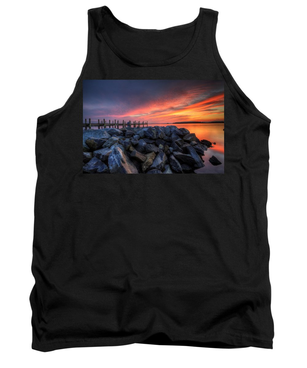 Sunset Tank Top featuring the photograph Dewey Beach Sunset by David Dufresne