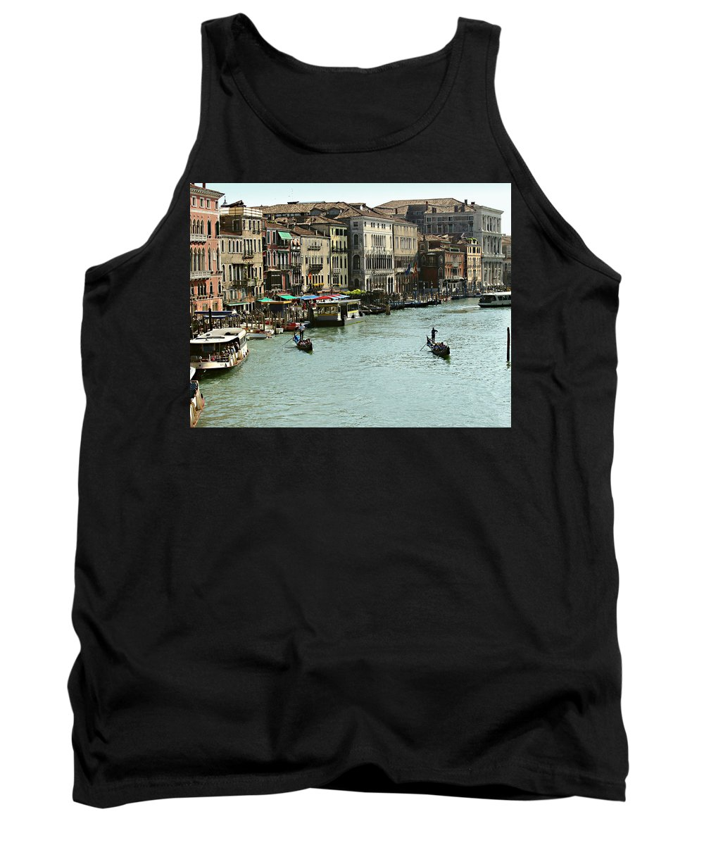 Grand Canal Tank Top featuring the photograph Grand Canal by Ellen Henneke
