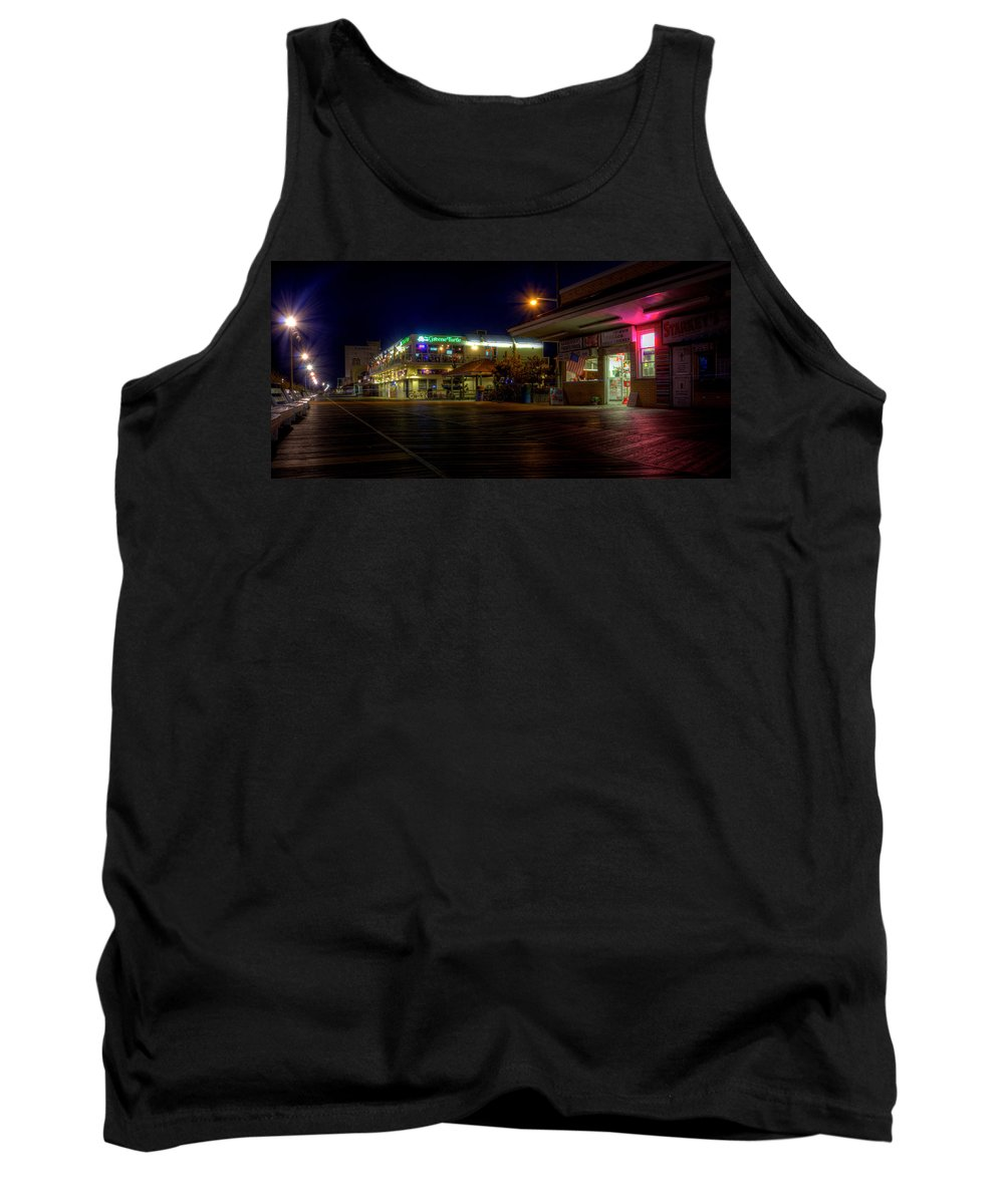 Rehoboth Beach Tank Top featuring the photograph Rehoboth Beach Boardwalk by David Dufresne