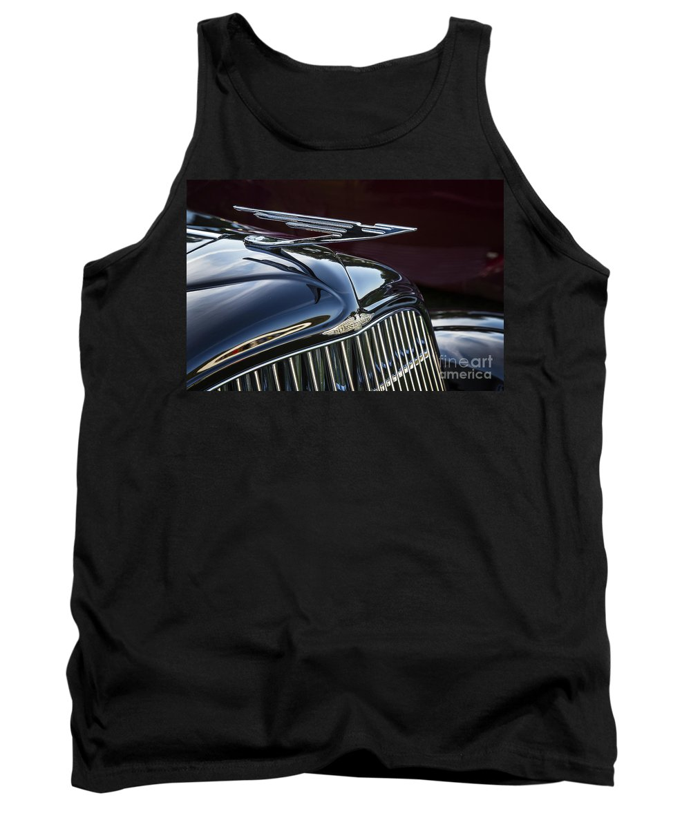 1935 Duesenberg Tank Top featuring the photograph 1935 Duesenberg by Dennis Hedberg
