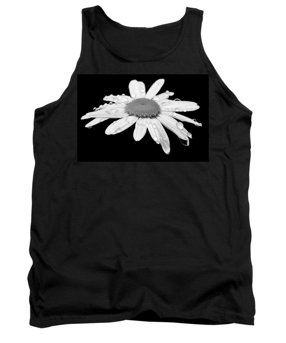 Bloom Tank Top featuring the photograph Daisy by Paul Fell