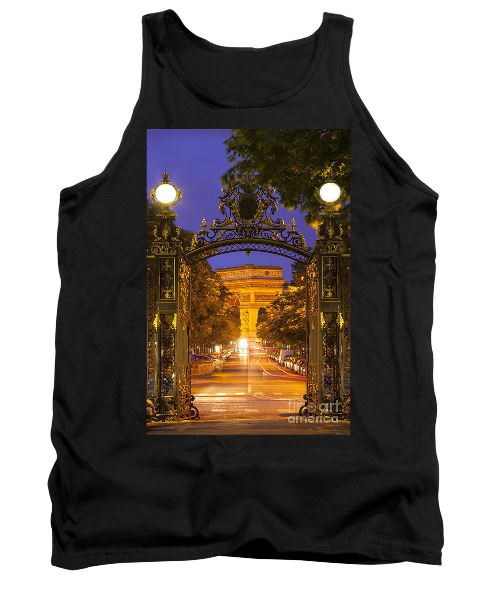 Arc Tank Top featuring the photograph Twilight At Arc De Triomphe by Brian Jannsen
