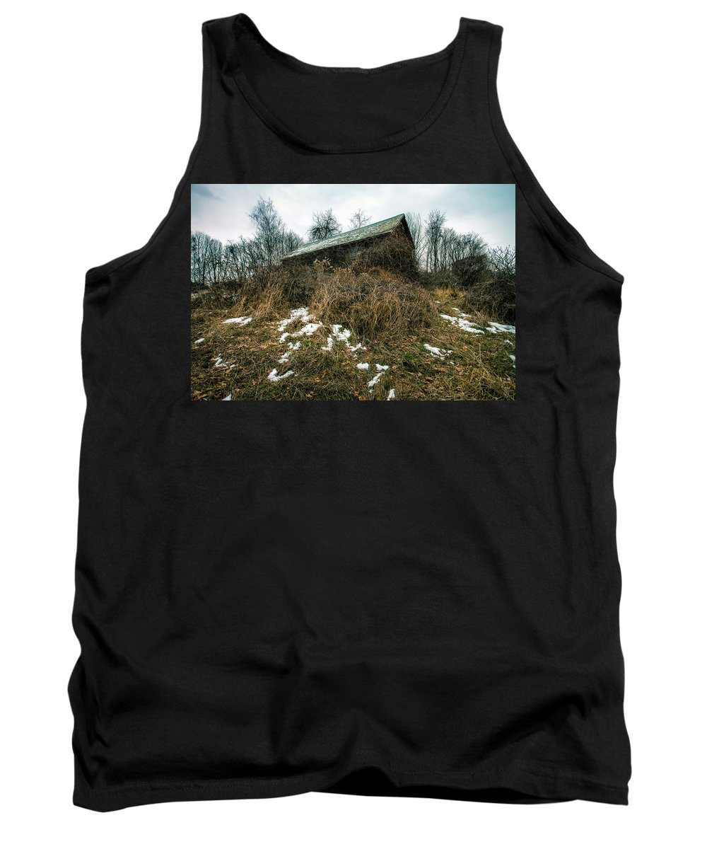 Old House Tank Top featuring the photograph Abandoned Places - Old House - House On The Hill by Gary Heller