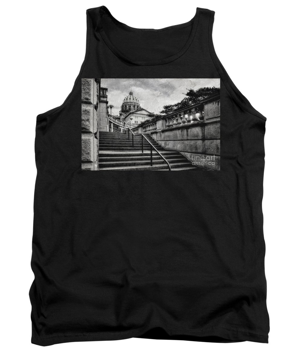 Harrisburg Tank Top featuring the photograph Aspirations In Black And White by Lois Bryan