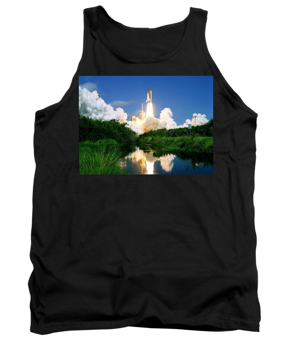 Space Tank Top featuring the photograph Atlantis Reflection by Ricky Barnard