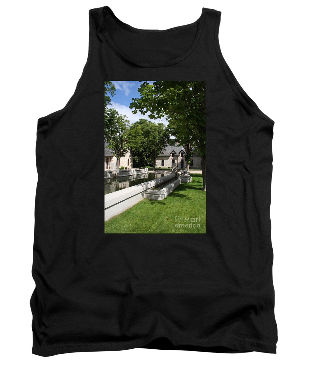 Water Tank Top featuring the photograph Basin In The Castle Yard by Christiane Schulze Art And Photography
