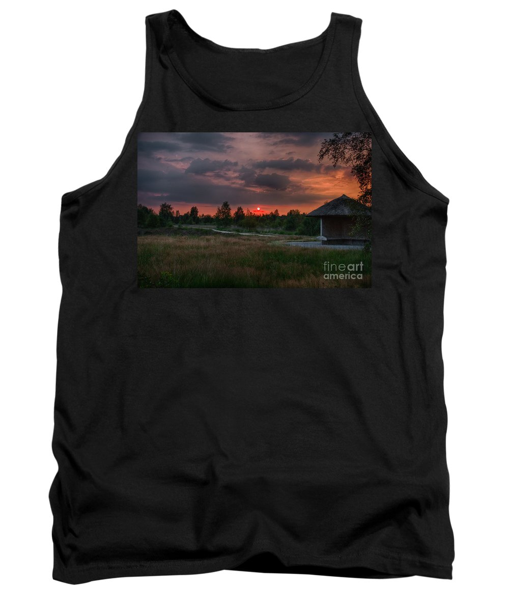Cabin Tank Top featuring the photograph Beautiful Sunset by Brothers Beerens